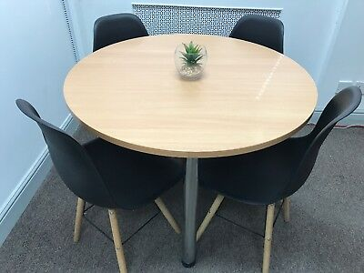 Round office table with 4 chairs - No Reserve