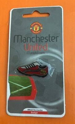 Man Utd Pin Badge Butterfly Manchester United Football Club FC ManU Boot Red