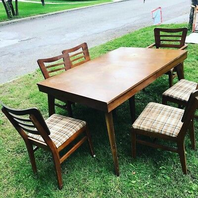 Mid Century Modern furniture Diningroom Table And Six Chairs MCM (Hudson Valley)