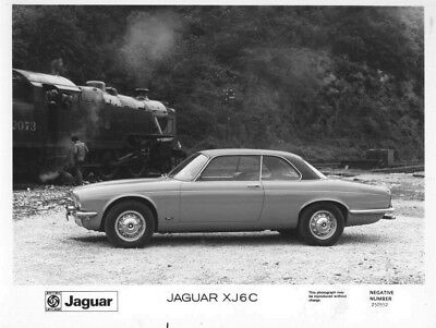 1972 Jaguar XJ6C ORIGINAL Factory Photo oac0694