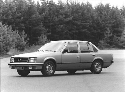 1974 Opel Commodore ORIGINAL Factory Photo oac0750