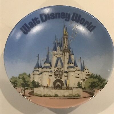 Vintage Disneyland Souvenir Plate Made In Japan Collector
