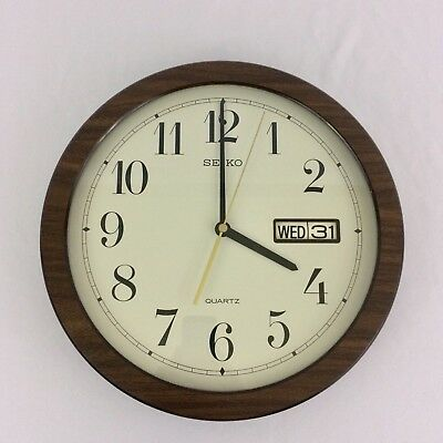 """Vintage Seiko 31 Day Calendar Wall Clock Glass Faux Wood 70s Date Time 12"""" Retro"""