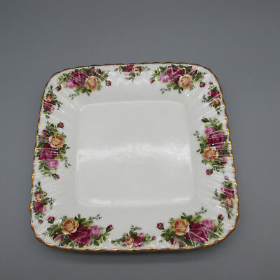 """SET OF FOUR - Royal Albert Bone China OLD COUNTRY ROSES 9-3/8"""" Square Trays"""
