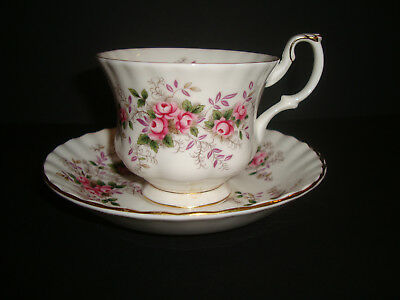 Royal Albert - Lavender Rose - Tea Cup & Saucer (sev. available) - 2nds