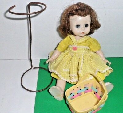 """VTG 7.5"""" Madame Alexander-kin Wendy 1954 doll & outfit Chartreuse dress pinafore"""