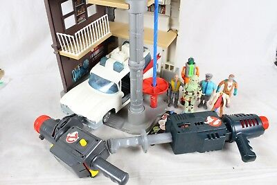 Vintage Ghostbuster Action Figure Toy Lot Collection Headquarters Ambulance Old