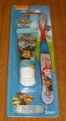 Nickelodeon Paw Patrol - Children's Toothbrush and Toothpaste Set