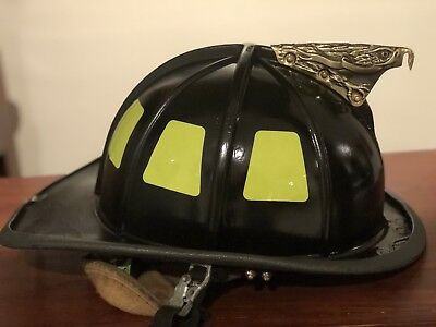 Cairns Traditional Fire Helmet 1010 Adjustable Size Black USED