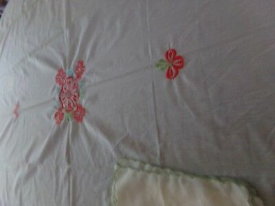 Beautiful Vintage Handmade Tablecloth oblong Ivory/white Linen/ With Napkins