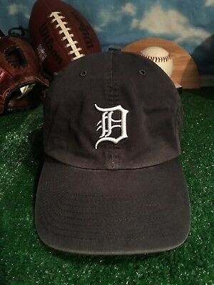 new products d22c3 ef77c Detroit Tigers slouch hat twins enterprise XL fitted cap h11