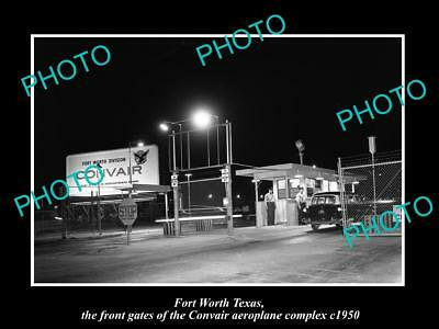 OLD LARGE HISTORIC PHOTO OF FORT WORTH TEXAS, THE CONVAIR AEROPLANE Co GATE 1950