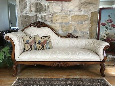 Superb Vintage Louis Style Chaise Sofa~Lounge-Chair