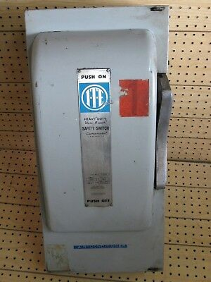 Ite Disconnect Fusible Safety Switch Sn-324 F324 240Vac 60Hp 200A Type 1
