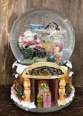 We Wish You A Merry Christmas Large Wind Up Musical Christmas Snow Globe 2882
