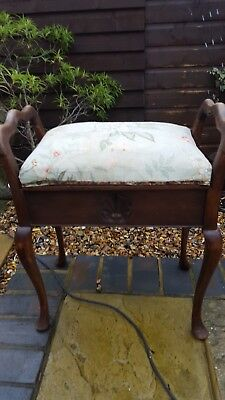 Antique Queen Anne style Piano stool.