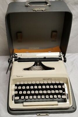 Vintage - Remington - Ten Forty -Typewriter, In Case - CLEAN - Holland / Germany