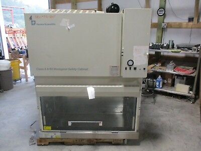 Forma Scientific Biological Safety Cabinet Mod:1284 #1015826C *Used