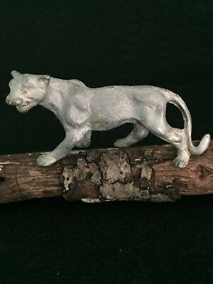 VINTAGE MINIATURES PEWTER COUGAR MOUNTAIN LION PUMA BIG CAT FIGURINE Preowned