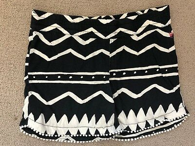 Missie Munster girls Shorts -black and white Print! 12 (will fit 10)