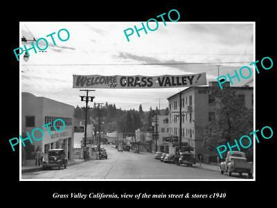 OLD LARGE HISTORIC PHOTO OF GRASS VALLEY CALIFORNIA, THE MAIN St & STORES c1940