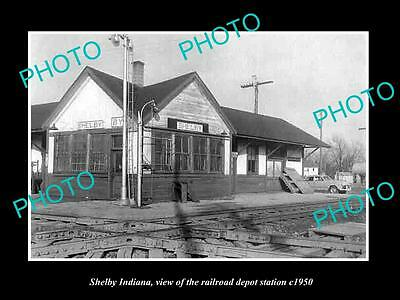 OLD LARGE HISTORIC PHOTO OF SHELBY INDIANA, THE RAILROAD DEPOT STATION c1950