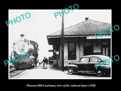 OLD LARGE HISTORIC PHOTO OF PLEASANT HILL LOUISIANA, THE RAILROAD DEPOT c1940