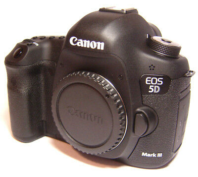 Canon EOS 5D Mark III 22.3MP Digital SLR Camera   ONLY 243 shutter actuations!!!
