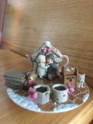 Pretty As A Picture  Set Of 6 Pieces  Boy And Girl  Mini Tea Set  2000   In Box
