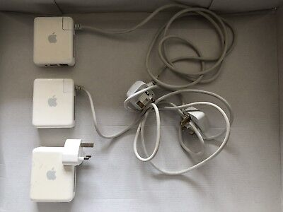 3 x APPLE AIRPORT EXPRESS + EXTENSION POWER CABLES x 2 + 3 X 3.5mm STEREO JACKS