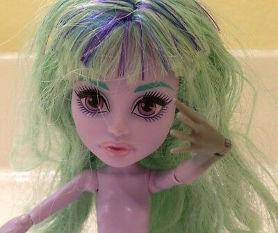 Monster High Doll - Twyla - Nude - Good 4 OOAK