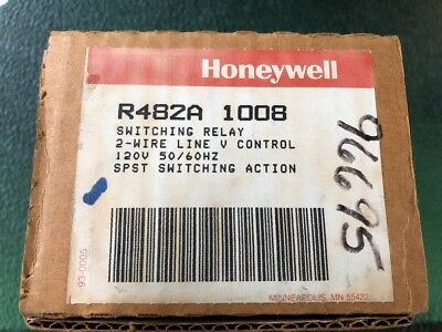 R482A 1008 Switching Relay Honeywell