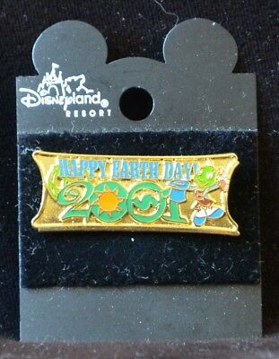 Disneyland HAPPY EARTH DAY 2001 Jiminy Cricket Pin -  Retired Disney Pins