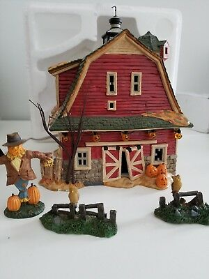 Department 56 Halloween Haunted Barn Gift Set