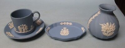 Wedgwood Blue Lot Three Pieces