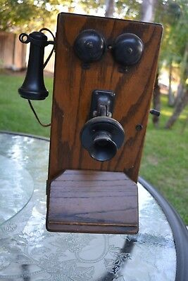 Antique 1900s American Chicago Oak Wood Case Handcrank Wall Telephone