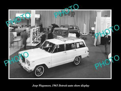 Old Large Historic Photo Of Jeep Wagoneer 1965 Detroit Motor Show Display