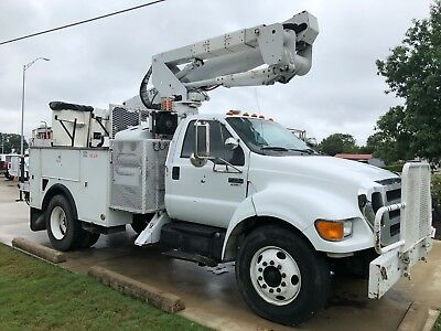 2007 Ford F-750 Terex bucket truck with 51' lift