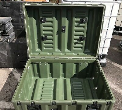 """Hardigg Pelican Rolling Military Case 