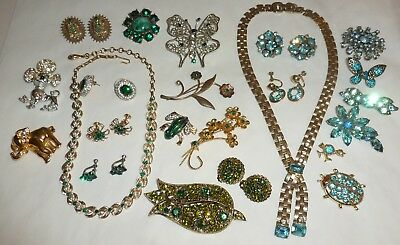 Vintage-Recent Lot 53pc Rhinestone Jewelry Brooches Earrings Necklaces  + Nice!
