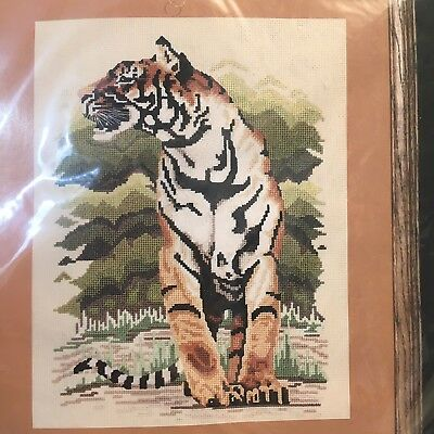 Vintage New JanLynn Walking Tiger Counted Cross Stitch Kit #106-08 1990