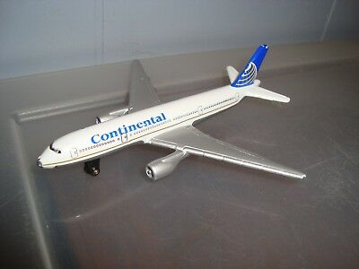 Matchbox-BOEING 777-200 Continental Airlines Plane