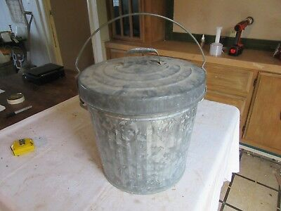 """Vintage Small Galvanized metal Trash Can With Lid 12"""" Tall 13"""" Dia   Lot 18-70-7"""