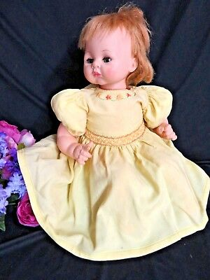 """VINTAGE 1930s Doll CLOTHES baby DRESS yellow LINEN embroidery SMOCKING 20-24"""""""
