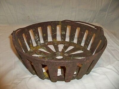 Vintage Cast Iron Bowl  W/Wire Bail Handle Industrial Decor