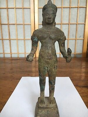 Antique south East Asian Khmer bronze Vishnu, Angkor period (12-13 century)