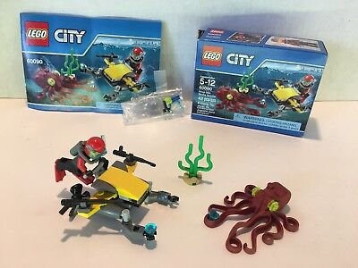 100% Complete LEGO City 60090 Deep Sea Scuba Scooter Excellent Condition
