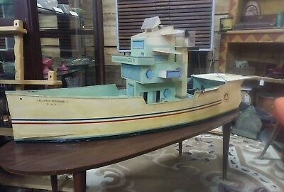 Vintage Hand Made model boat Atlantis Explorer 2