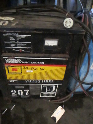 Hawker Siddely Lifeguard 24V Industrial Forklift Battery Charger 450 AH 3PH