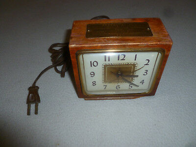 Vintage General Electric Wood Alarm Clock Mid Century 7H228 Woodmen World 1954 >